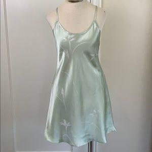 Jones New York satin floral lingerie slip green